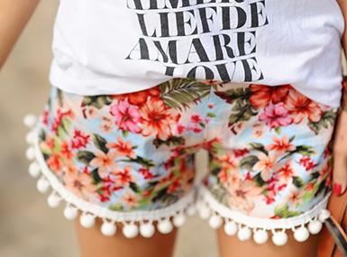 Kratke hlače s cofki
