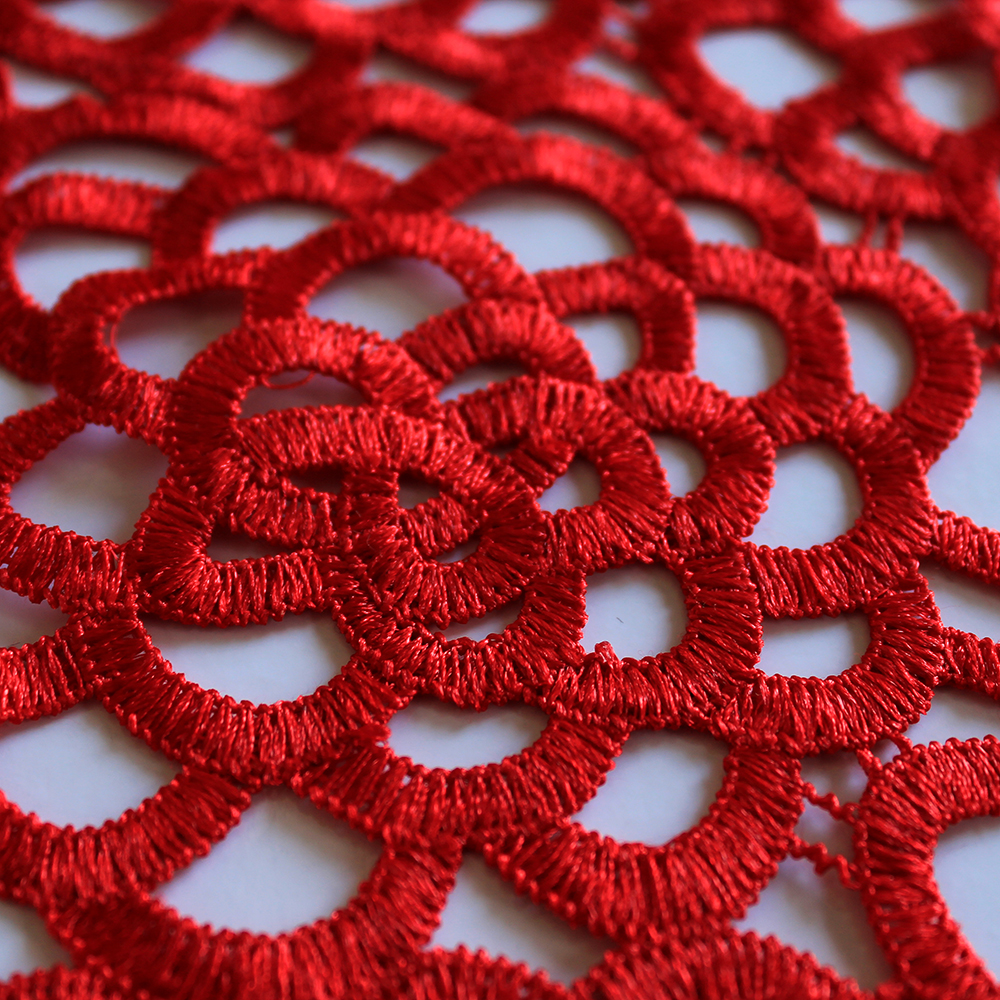 Čipka, 13486-2, rdeča